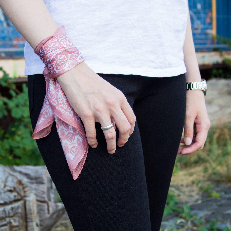 5 ways to wear a bandana